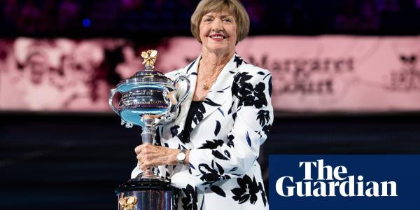 Martina Navratilova takes fight on-court for name change to Evonne Goolagong Arena