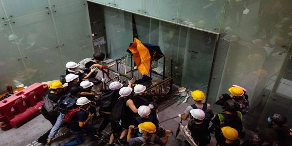 Hong Kong Protesters Who Stormed Legco Seek Asylum in Taiwan, Apple Daily Says