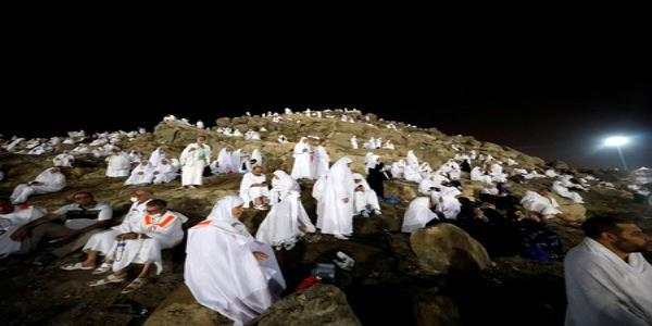 Muslims at haj gather on Mount Arafat to atone for sins