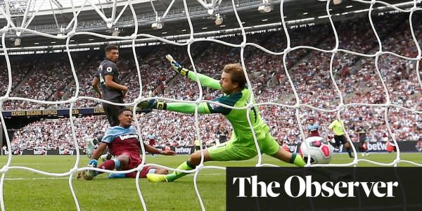 Sébastien Haller on target again to guide West Ham to easy win over Norwich