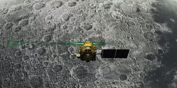 Chandrayaan-2: Indias second moon mission thought to have failed as scientists lose contact with lander