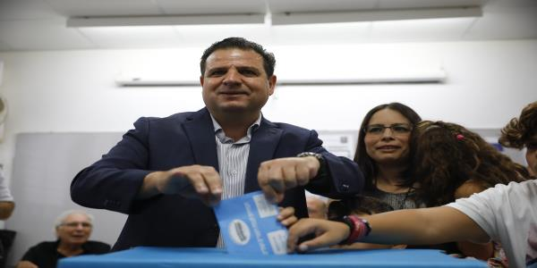 Israels Arabs poised to gain new voice after tight election