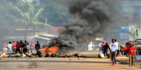 Deadly protests in Guinea as Russia calls for change of rules to keep despot in power