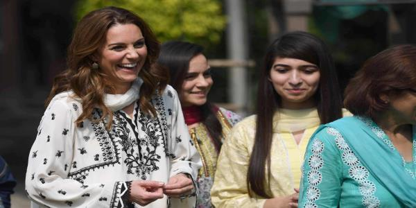 Duchess of Cambridge returns to childrens orphanage in Pakistan after flight was grounded in storm