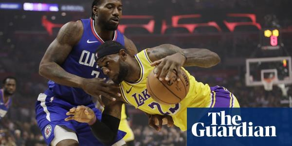 Kawhi Leonard leads Clippers to win over LeBron Jamess Lakers in battle of LA