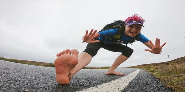 Woman Runs 90 Marathons Barefoot – Heres What Her Feet Look Like