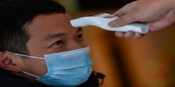Anxious foreigners await rescue from China virus epicentre