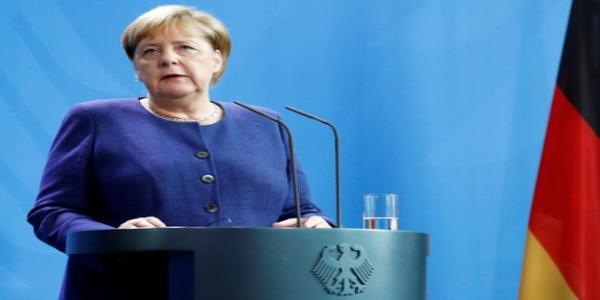 Merkel urges return to Iran nuclear deal to defuse Middle East tensions
