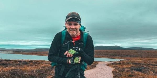 Man With Stage 4 Cancer Battles The Elements To Complete One Of Britains Hardest Walks
