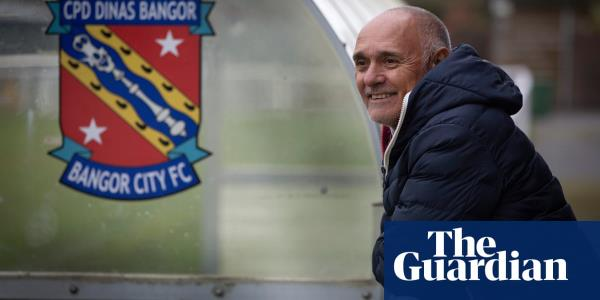 Pedro Pasculli: from Maradona's World Cup roommate to Bangor City manager | Andy Hunter