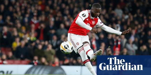 Pépé double rescues Arsenal after Vitória Guimarães threaten upset