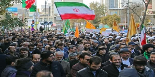 Irans Guards praise timely action against protesters