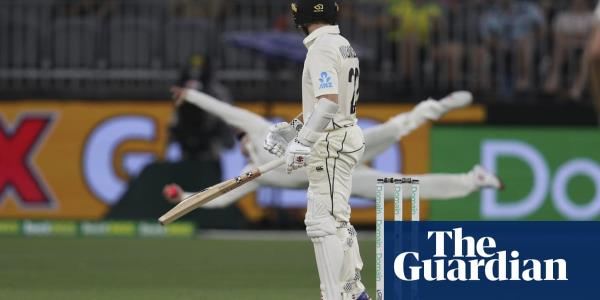 Steve Smith makes stunning catch as Australia boss New Zealand
