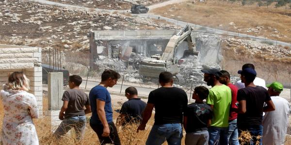 Israeli crews demolish Palestinian homes in major operation in east Jerusalem