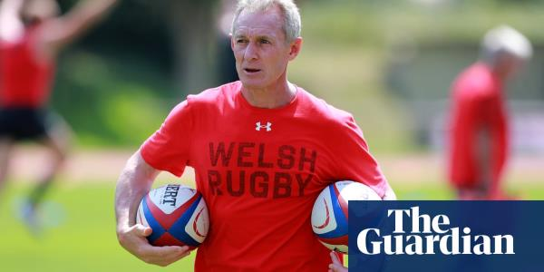 Waless Rob Howley sent home from World Cup amid betting allegations