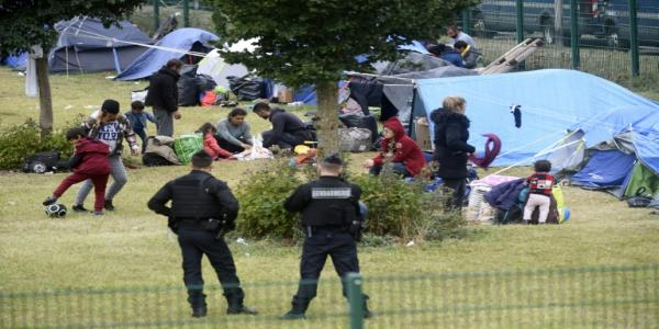 Police clear major migrant camp in northern France