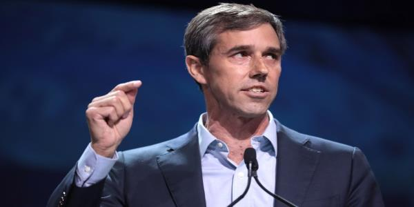 Gun Owner Tells Beto 'Hell No You're Not' Taking My Gun' During Rally