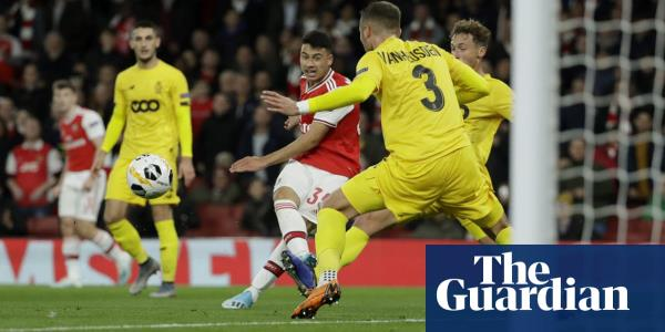 Gabriel Martinelli's double sends Arsenal surging past Standard Liège