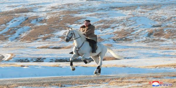 Kim Jong Un Vows To Fight US Sanctions – Whilst Riding A Horse Up A Mountain In The Snow