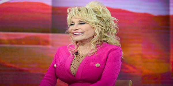 Dolly Parton Supports Black Lives Matter: Our Little White Asses Arent All That Matters