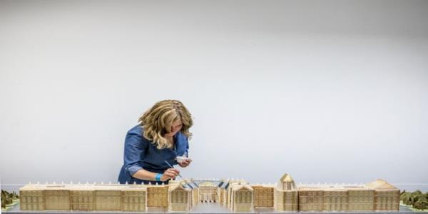 This Gingerbread Architect Creates Iconic Buildings Out Of Biscuit