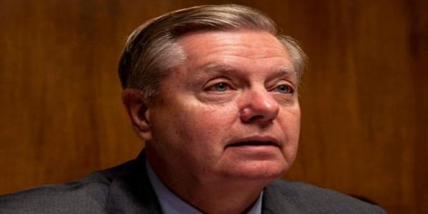 Pelosi says Congress wasnt consulted about Soleimani strike. Lindsey Graham says he was