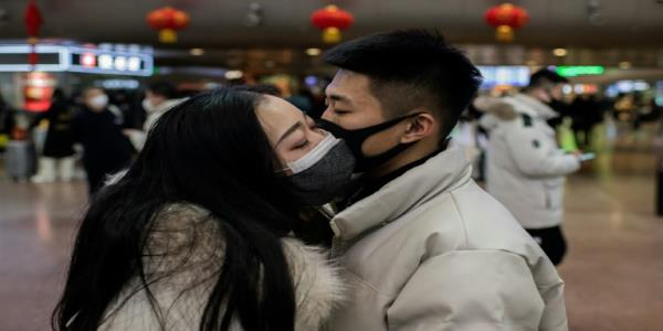 Vast virus quarantine in China as cases emerge in Europe, S. Asia
