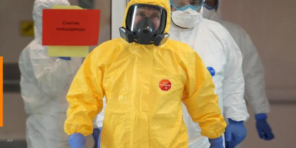 Russian President Putin dons hazmat suit as Moscow mayor says coronavirus outbreak is worse than it looks