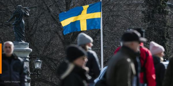 Sweden continues strategy as virus death toll keeps rising