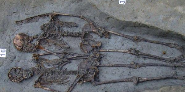 Ancient Handholding Skeletons Are Men but Italy Won't Say Gay