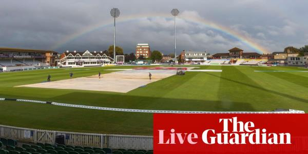 County cricket: Somerset v Essex title decider, day two – live!