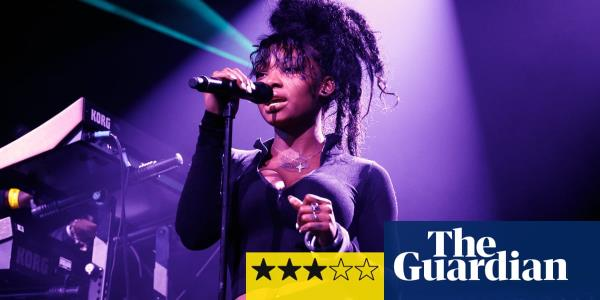 Summer Walker review – pole dancing and ballads by sex-positive R&B star