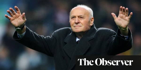 Ron Saunders, title-winning Aston Villa manager, dies aged 87