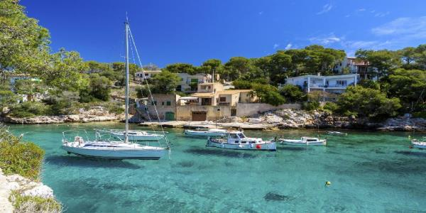 Spains Balearic Islands crack down on alcohol-fuelled holidays