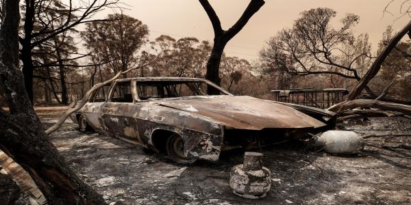 Wildfire-Threatened Towns Brace for New Blazes: Australia Update