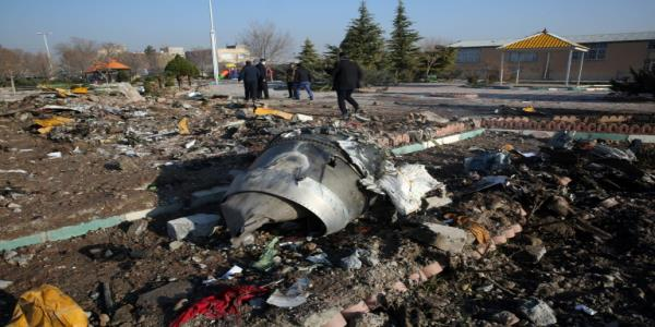 Under pressure, Iran makes first arrests over airliner downing
