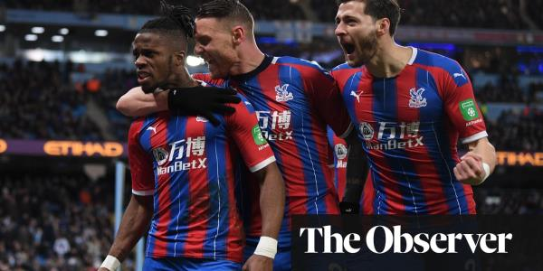 Manchester City hit by Fernandinho own goal as Crystal Palace grab draw